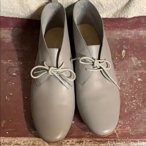 Cole Hassan leather shoes